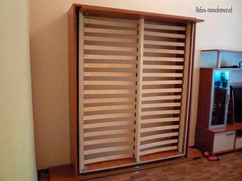 cupboard-bed-582-15-1